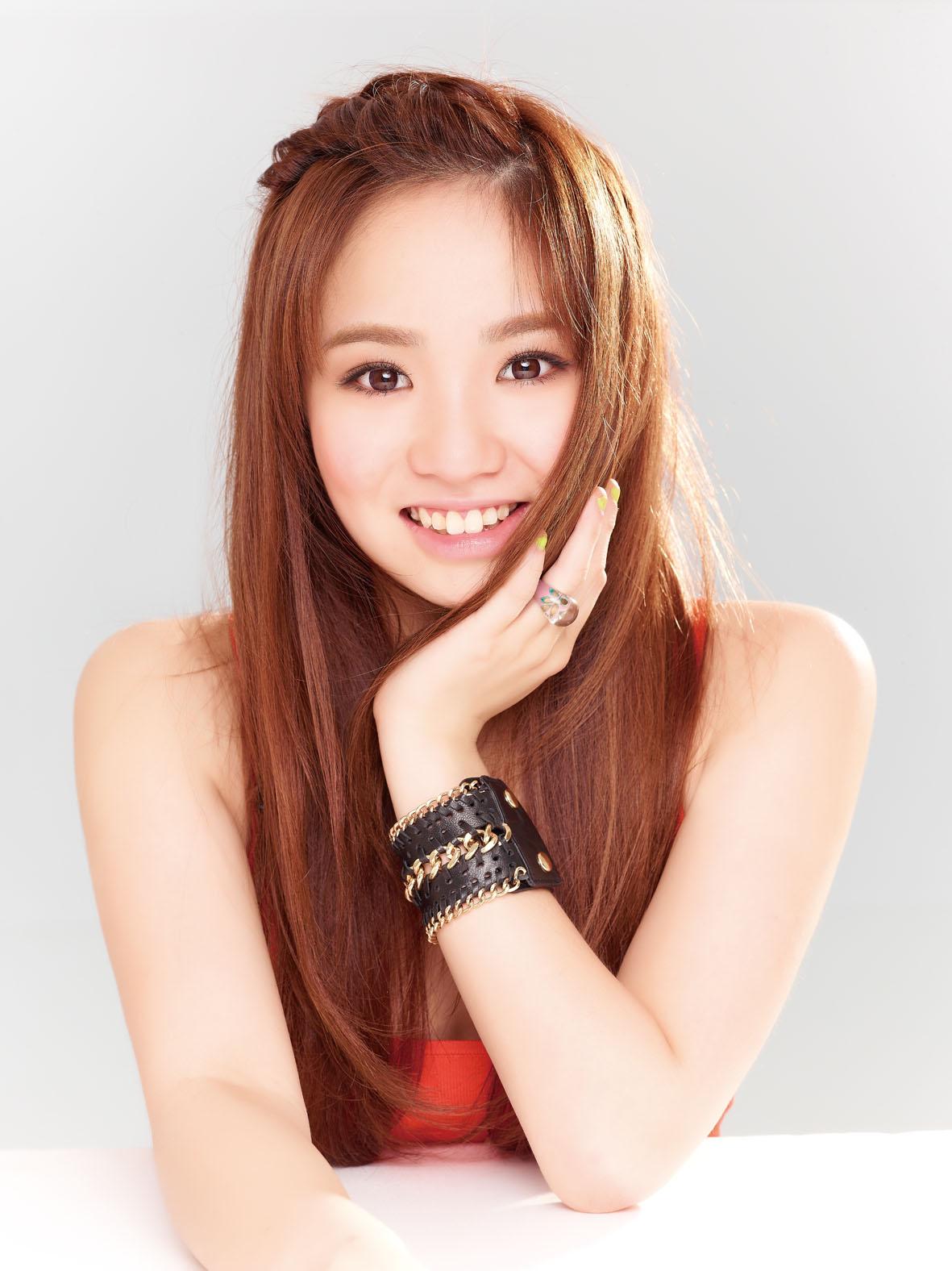 Ai Ni – Kimberley Chen Fang Yu (愛你 – 陳芳語) | jefflhlow.com